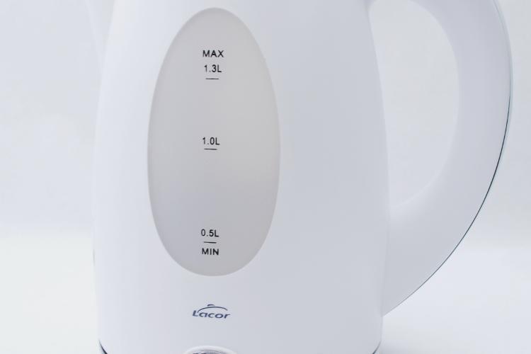 Hervidor 1,3 litros Lacor